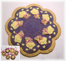 Everywhere a Chick Chick Wool Felt Mat Pattern
